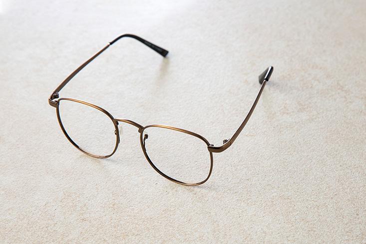 근시퇴행 원인, 안경
